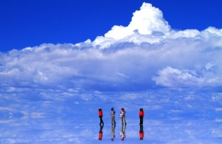 ウユニ塩湖。 水平線が消える