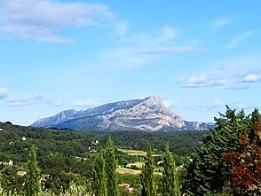 陽光あふれる南フランス・ハイキングとサント・ヴィクトワール山登頂 9日間