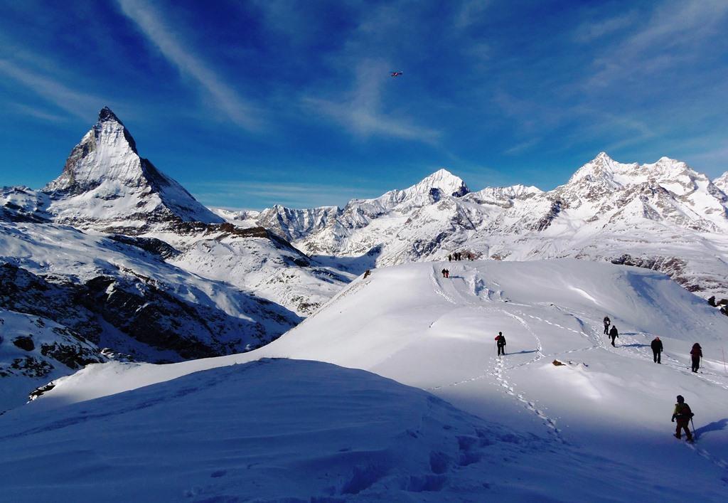 アルパインツアーで行く! 冬のスイス ホワイトハイキング