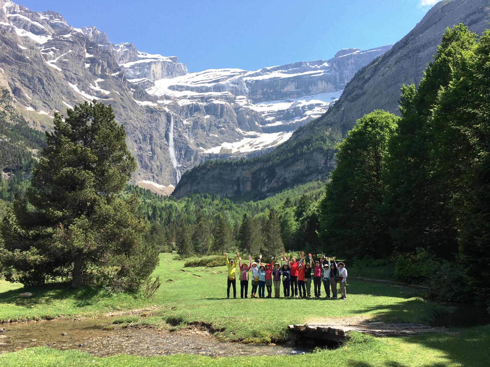 5月30日出発「花の宝庫ピレネー山脈ハイキングと聖山モンセラット 10日間」