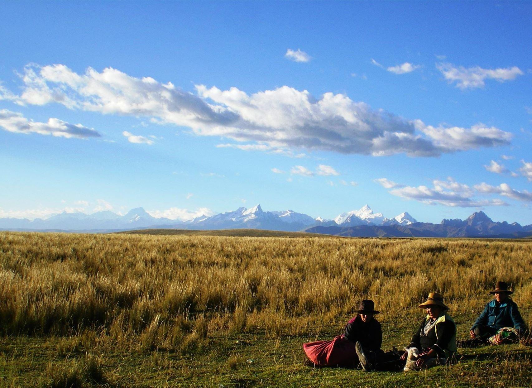 5月18日出発「南米ペルーアンデス ブランカ山群大展望&ワイワッシュ山群トレッキング 14日間」