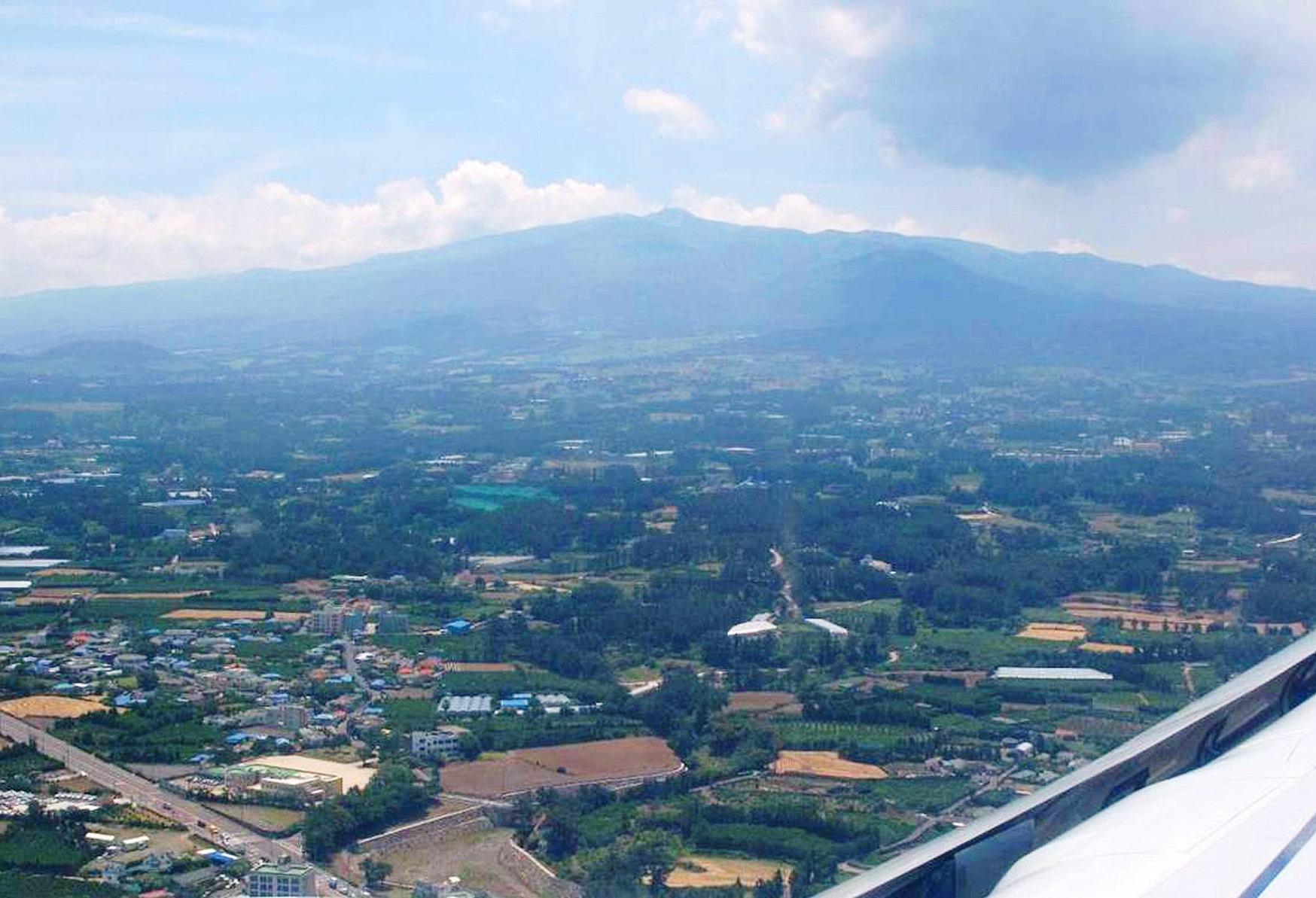 韓国最高峰 漢拏山(1,950m)