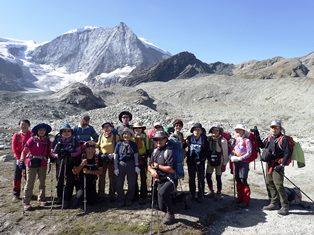 7月27日出発 「オートルート・ハイライト・トレッキングと絶景の山小屋 13日間」