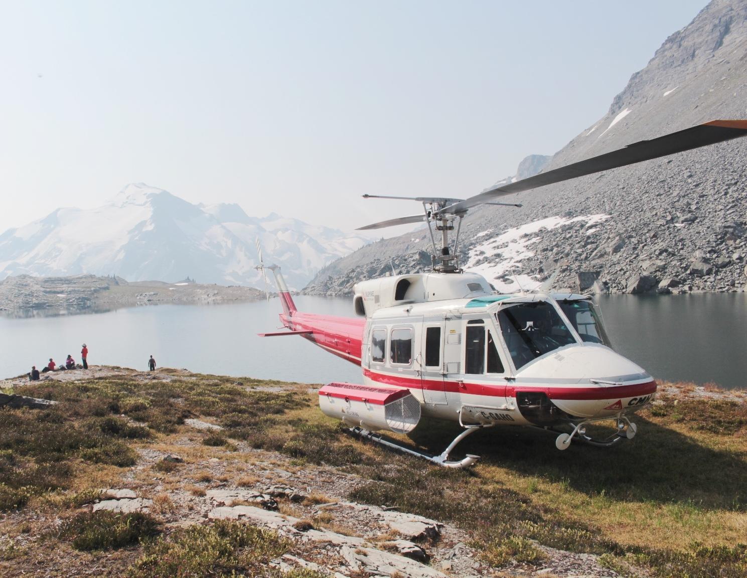 8月6日出発 「憧れのアシニボイン・ロッジ&CMHヘリ・ハイキング 11日間」