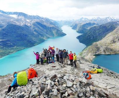 """8月18日出発 「北欧、""""巨人たちの住みか""""トレッキング と最高峰登頂、フィヨルド・ハイキング 11日間」"""