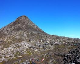 10月4日出発「みなみらんぼうさんと行く ポルトガル最高峰ピコ山(2,351m)登頂と魅惑のアゾレス諸島ハイキング 11日間」
