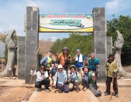 11月3日出発「世界遺産の島・コモド3島ハイキング コモドドラゴンに出会う旅 6日間」