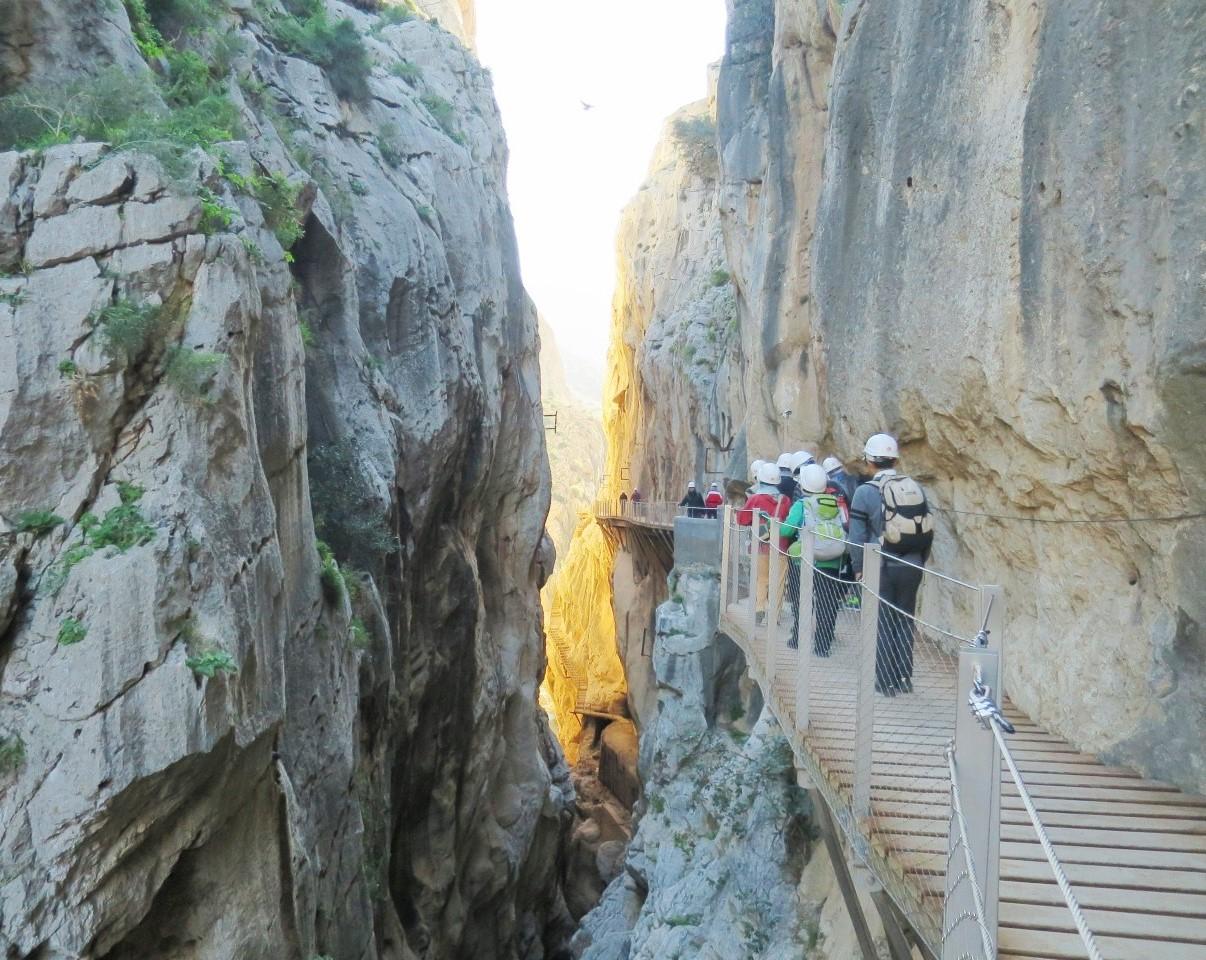 11月7日出発「情熱のアンダルシア・ハイキングとラ・コンチャ峰登頂、白い村 8日間」
