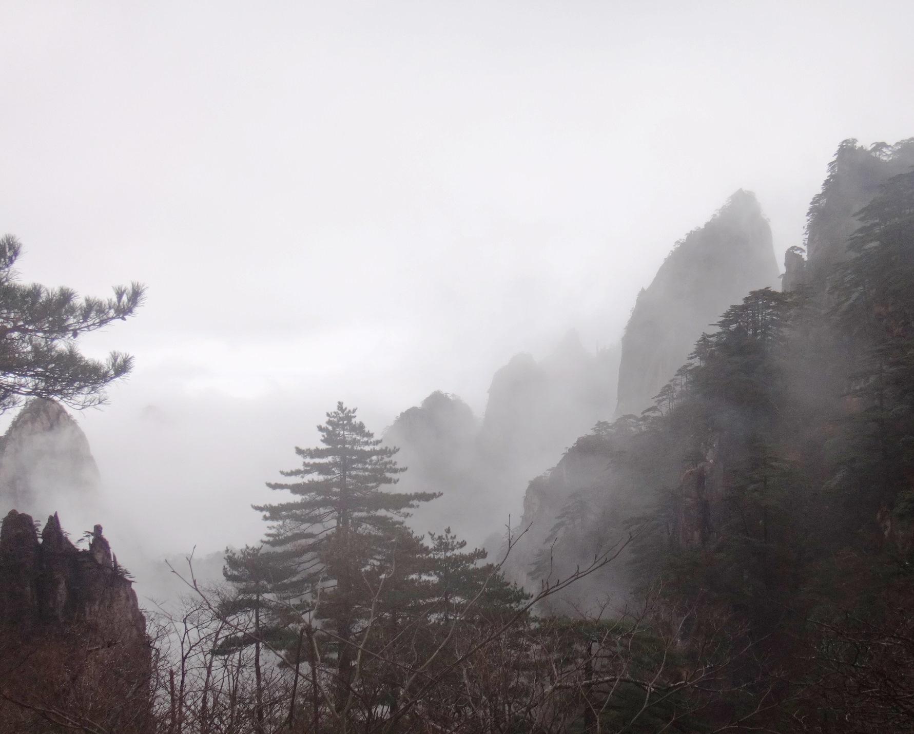11月19日出発「天下の絶景・黄山トレッキングと杭州 6日間」