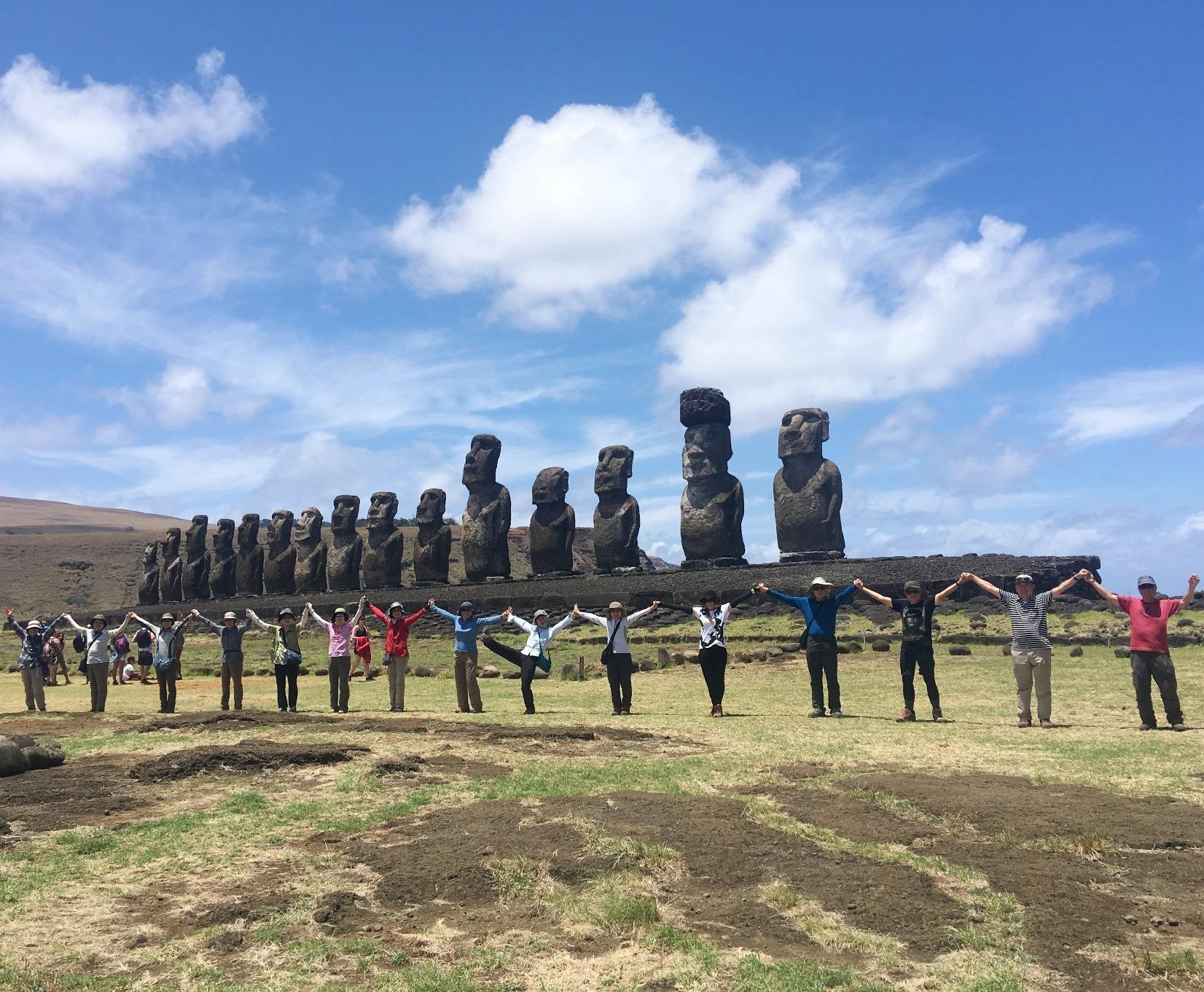 1月22日出発「南太平洋の楽園タヒチ・ハイキングと絶海の孤島イースター島 8日間」