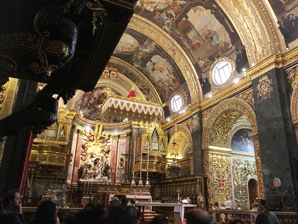 豪華絢爛な聖ヨハネ大聖堂