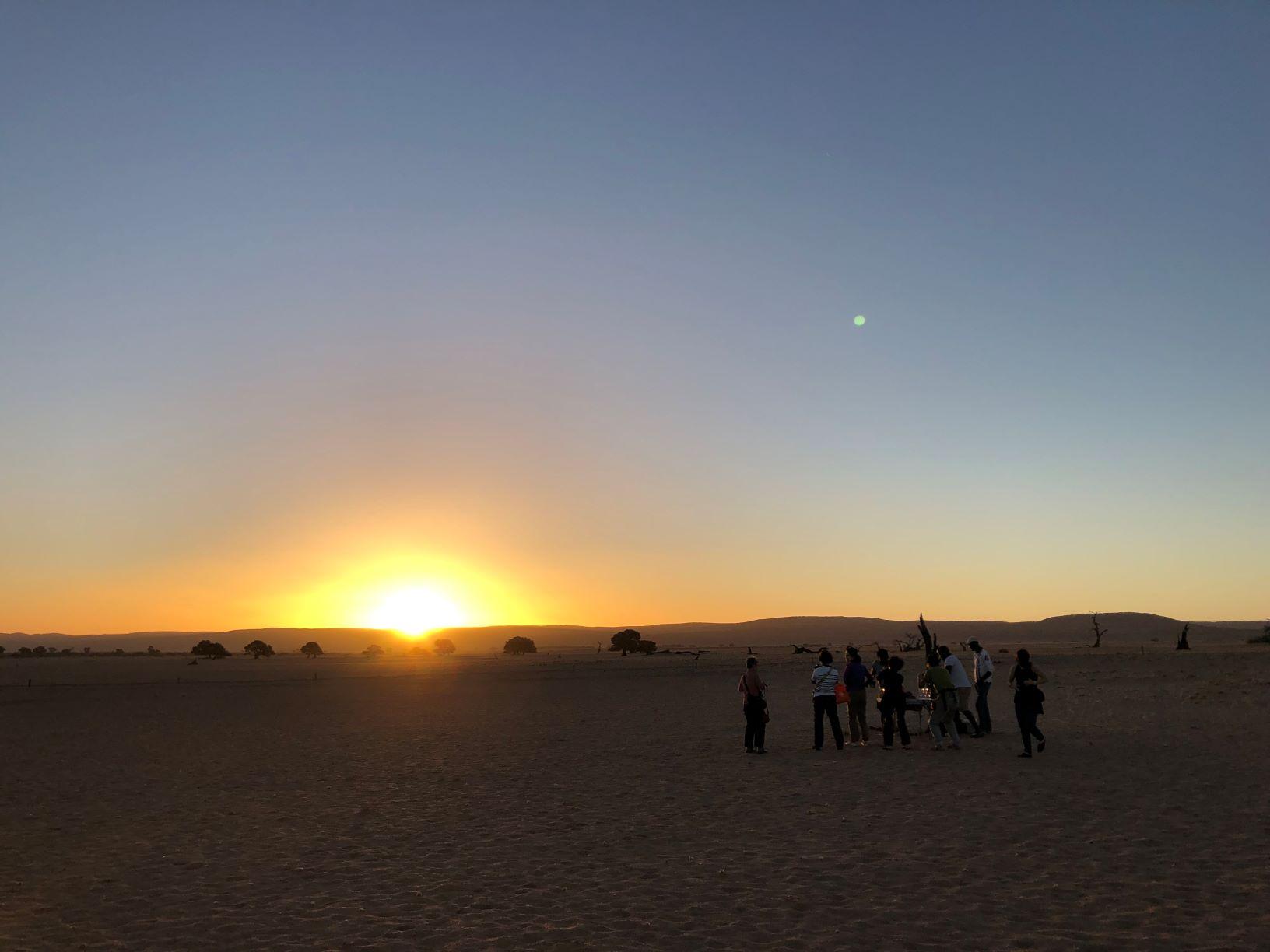 セスリエム・キャンプ近くから夕陽を楽しむ