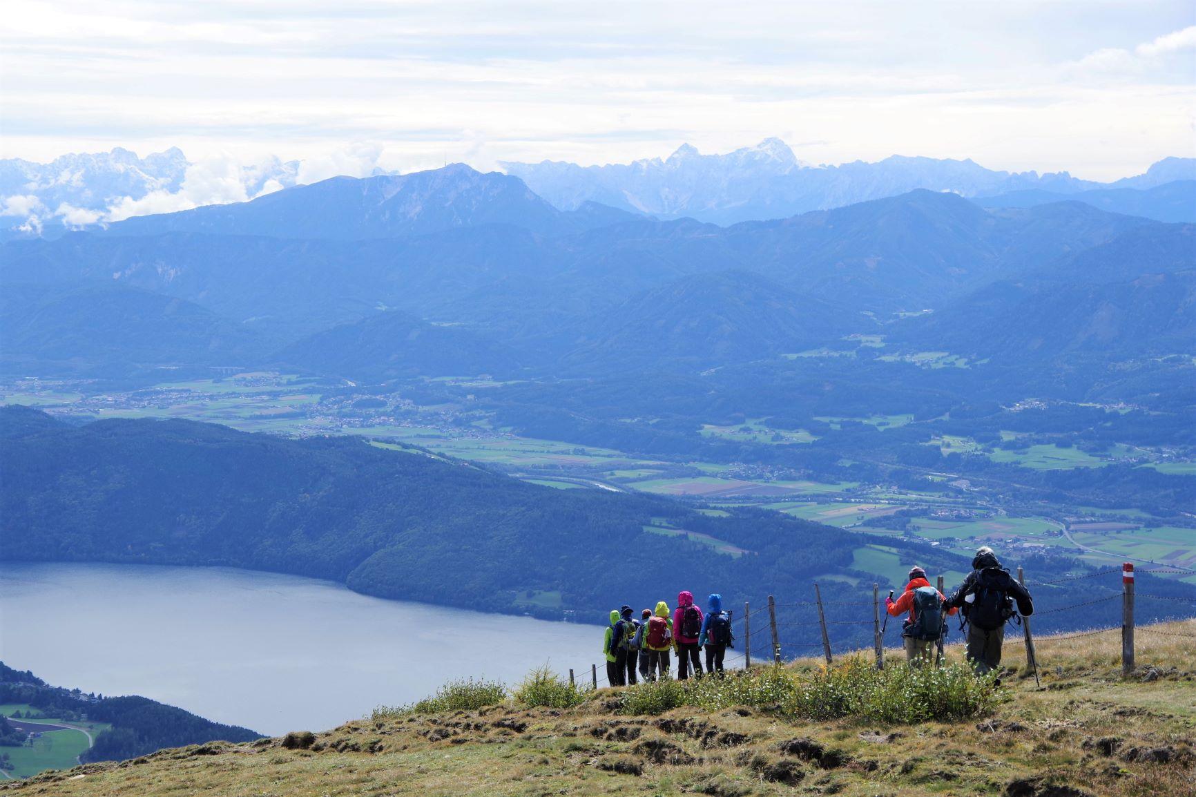 ミルシュタット湖を望む