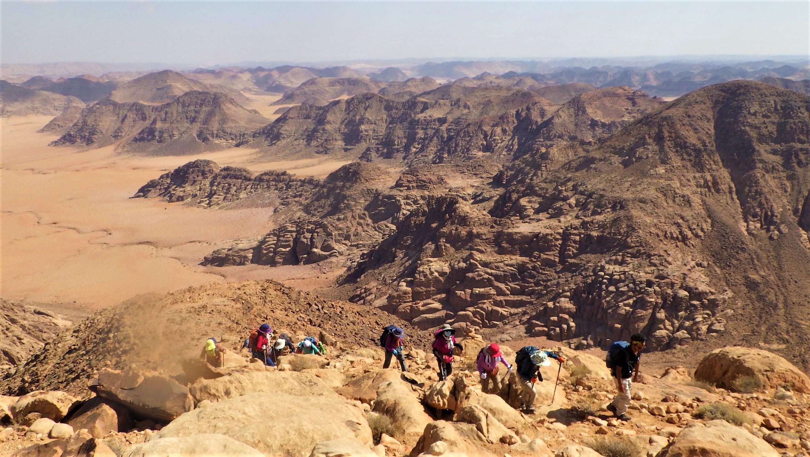 ヨルダン最高峰の頂まであと一息