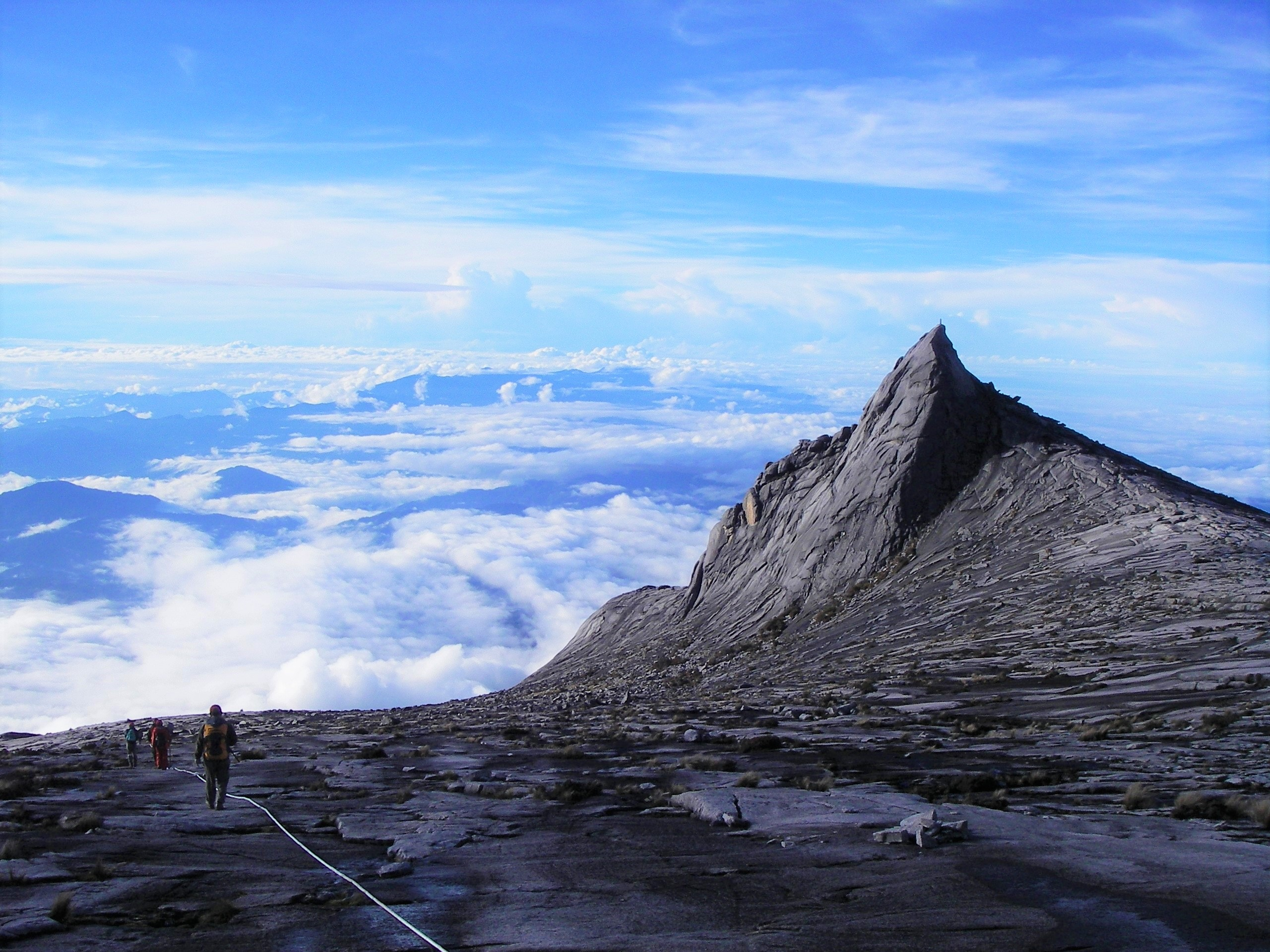 【催行間近/プロ・フリークライマー 平山ユージさんと行く】3月28日出発 マレーシア最高峰 Mt.キナバル登頂とヴィア・フェラータ 6日間