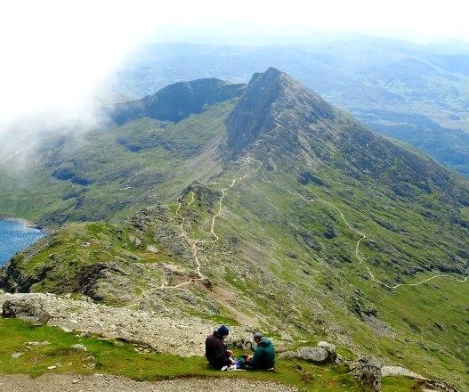 英国3つの最高峰登頂と湖水地方 エディンバラゆったり滞在 11日間
