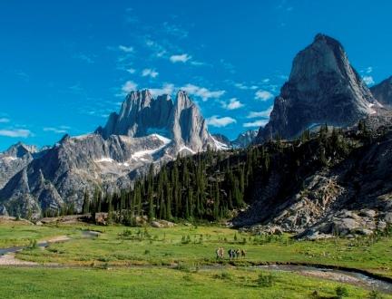 絶景のCMHパノラマ・ヘリ・ハイキングとカナディアン・ロッキー・ハイライト 10日間