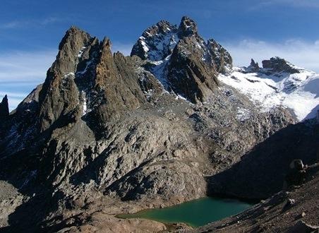 【催行間近・大募集中】1月16日出発 キリマンジャロとケニア山レナナピーク登頂,アンボセリ国立公園たっぷりサファリ15日間
