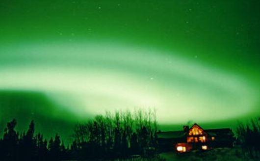 カナダ極北のユーコン オーロラ・スペシャル(デラックスルーム) 8日間
