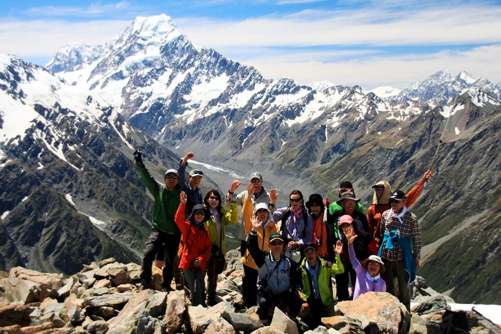 【催行予定・募集中】 1月11出発 ニュージーランド南島3座登頂 9日間