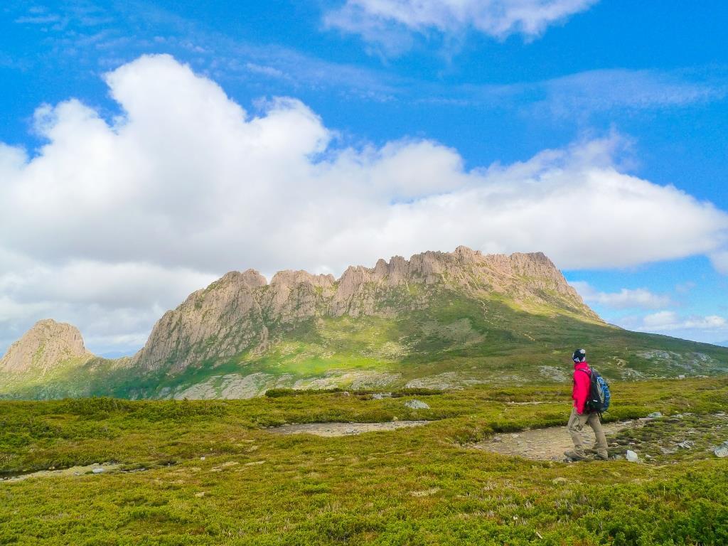 タスマニア島・3つの国立公園満喫ハイキング 9日間