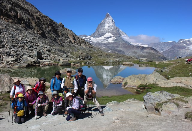 アルプス3大名峰展望ハイキングと山上の豪華5つ星ホテル宿泊 9日間
