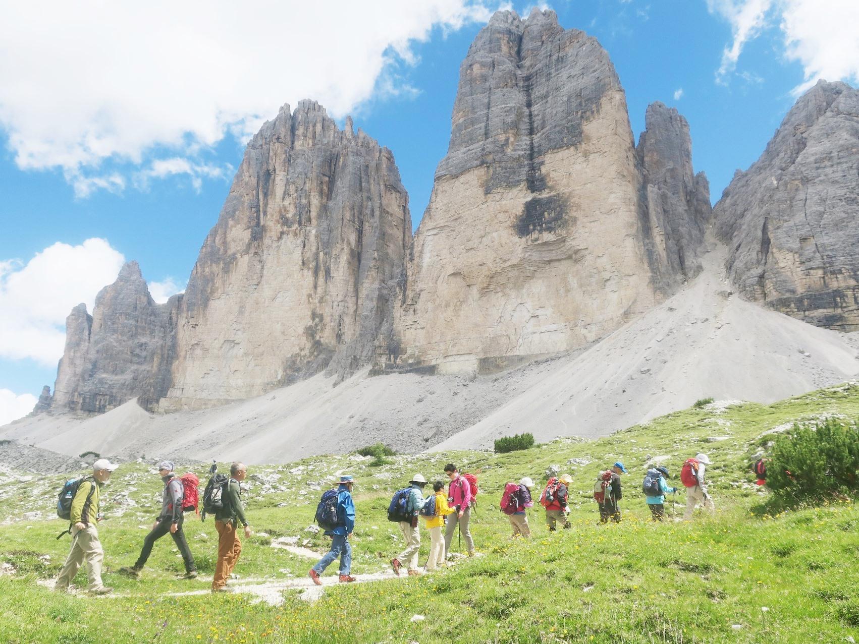 【レッヒ音楽祭特別企画】迫力あるドロミテの岩峰展望ハイキングと緑豊かなチロルの美しい村々 10日間