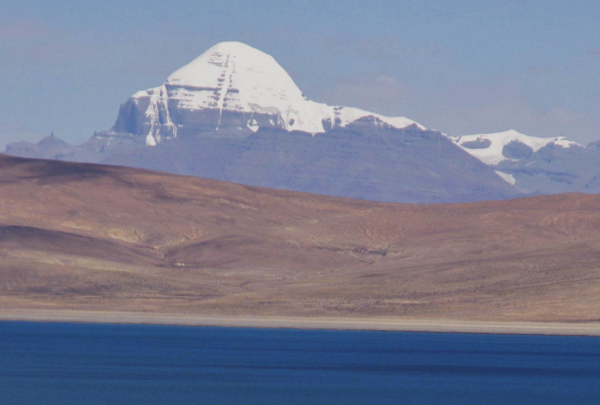 【福岡発着】聖山カイラスとチョモランマBC訪問8,000m峰3座展望世界の屋根大走破 14日間