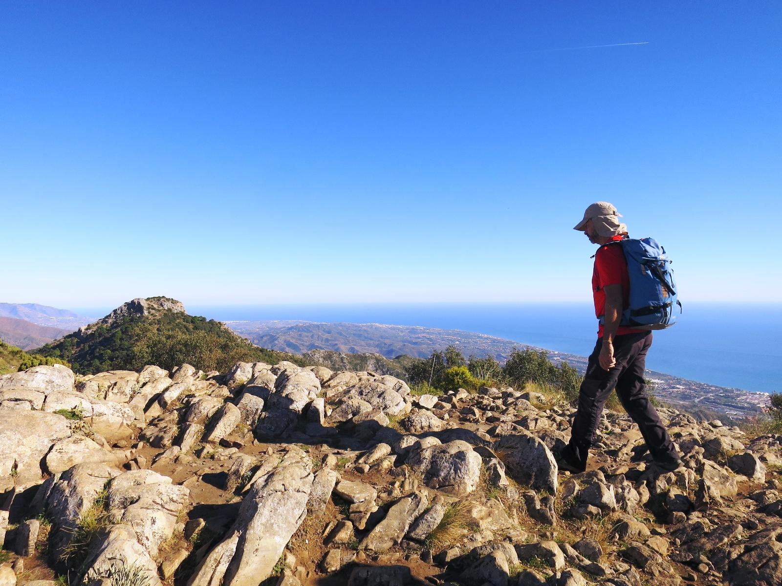 情熱のアンダルシア・ハイキングとシエラ・ネバダ山脈、白い村 8日間