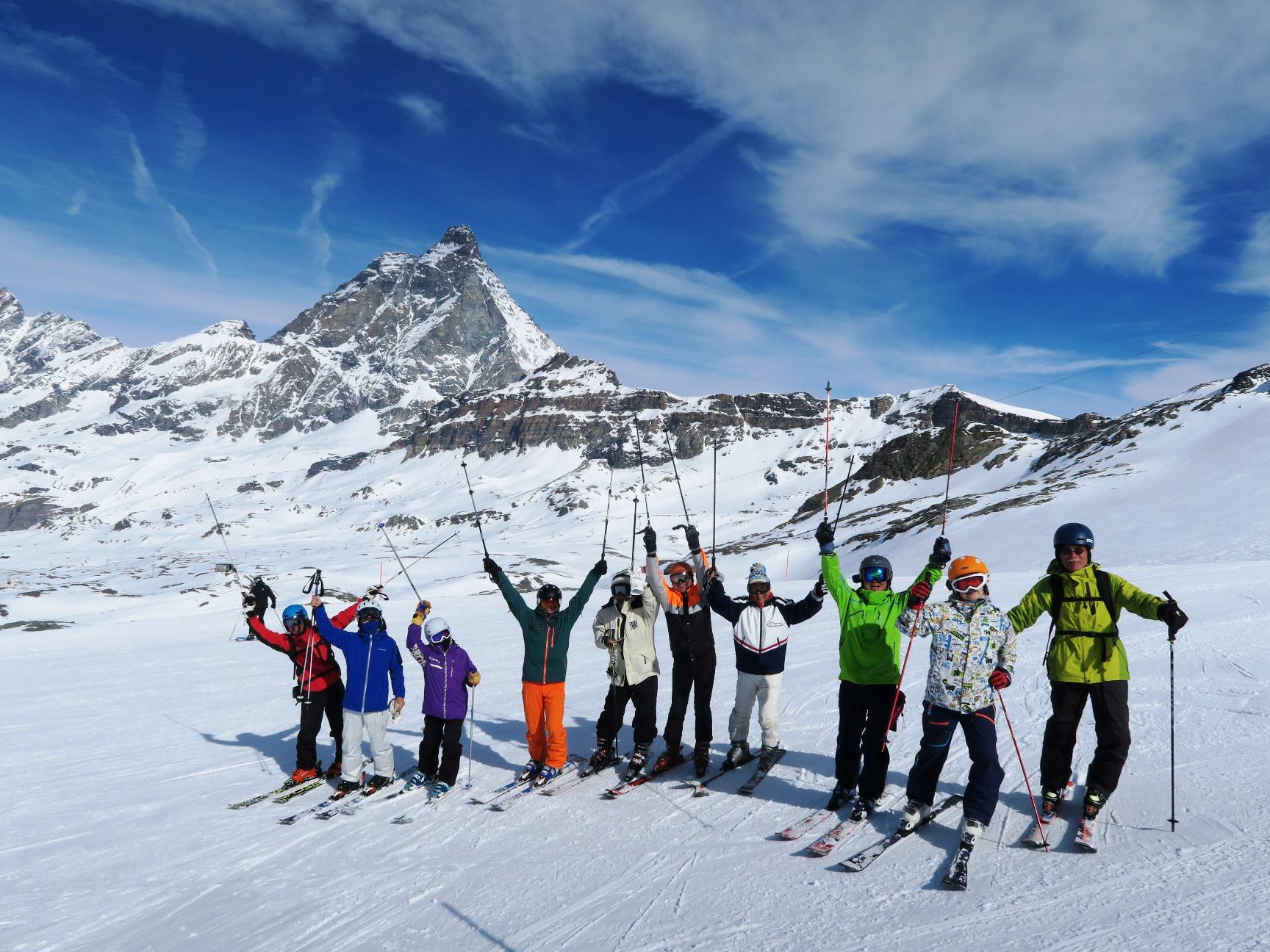 スイス・マッターホルン・パノラマ・スキー 8日間
