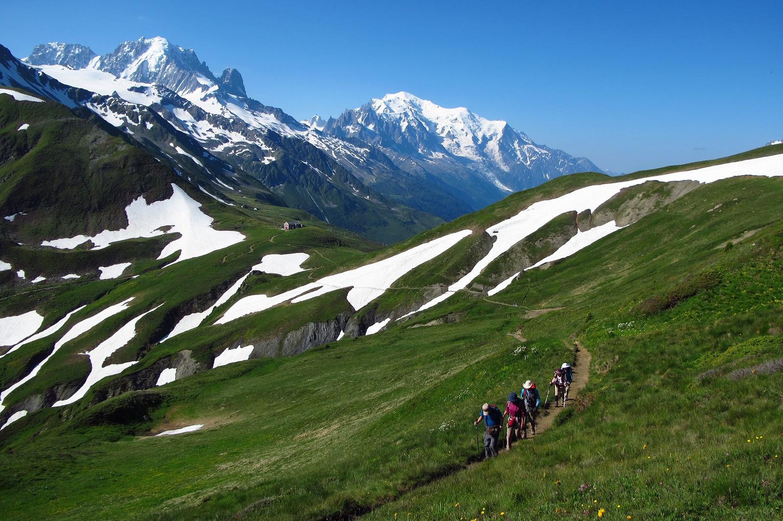 【モンベル×アルパインツアー コラボ特別企画】フランス・モンブラン展望ハイキング 6日間