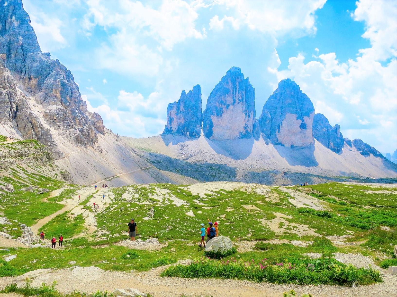 【創業50周年記念特別企画/ベスト・オブ・ジ・アルプスBコース】連泊で楽しむチロル、ドロミテゆったりハイキング 9日間