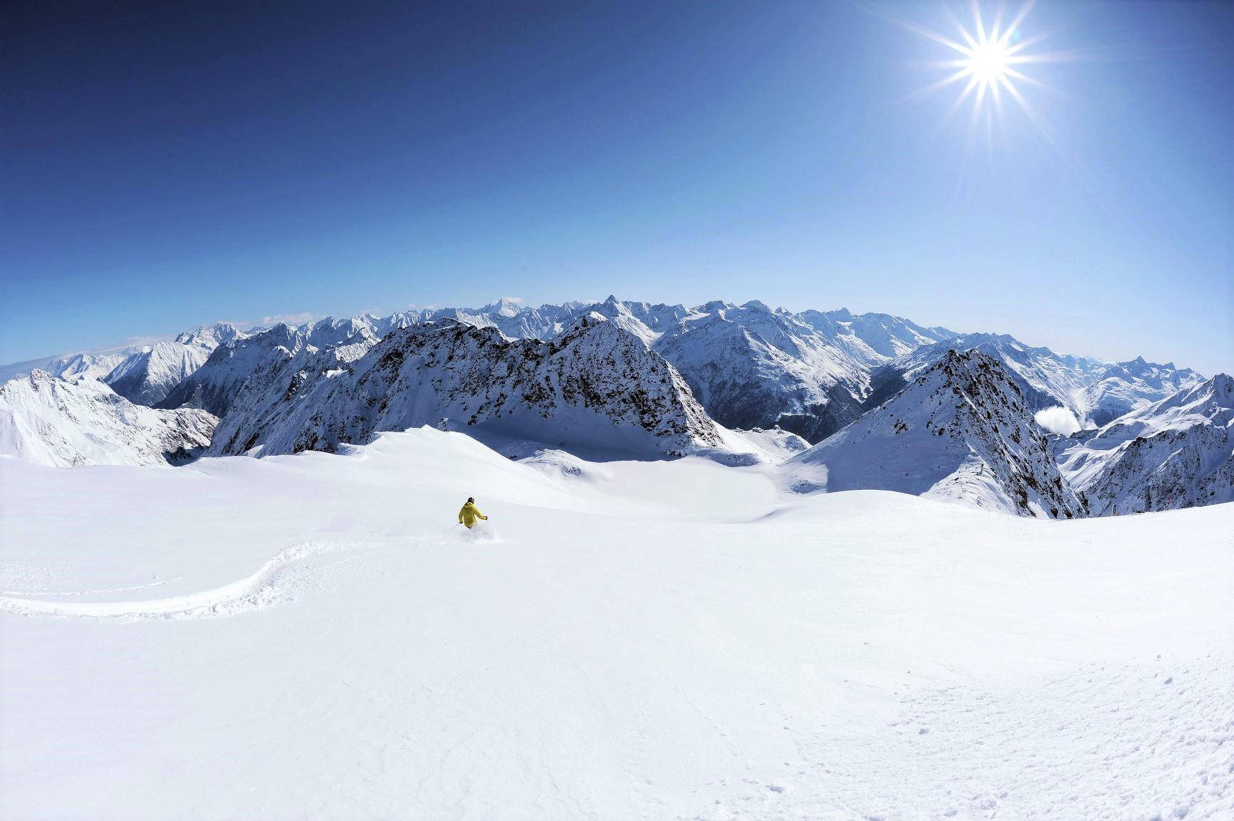 オーストリア・ゼルデン・スキー 8日間