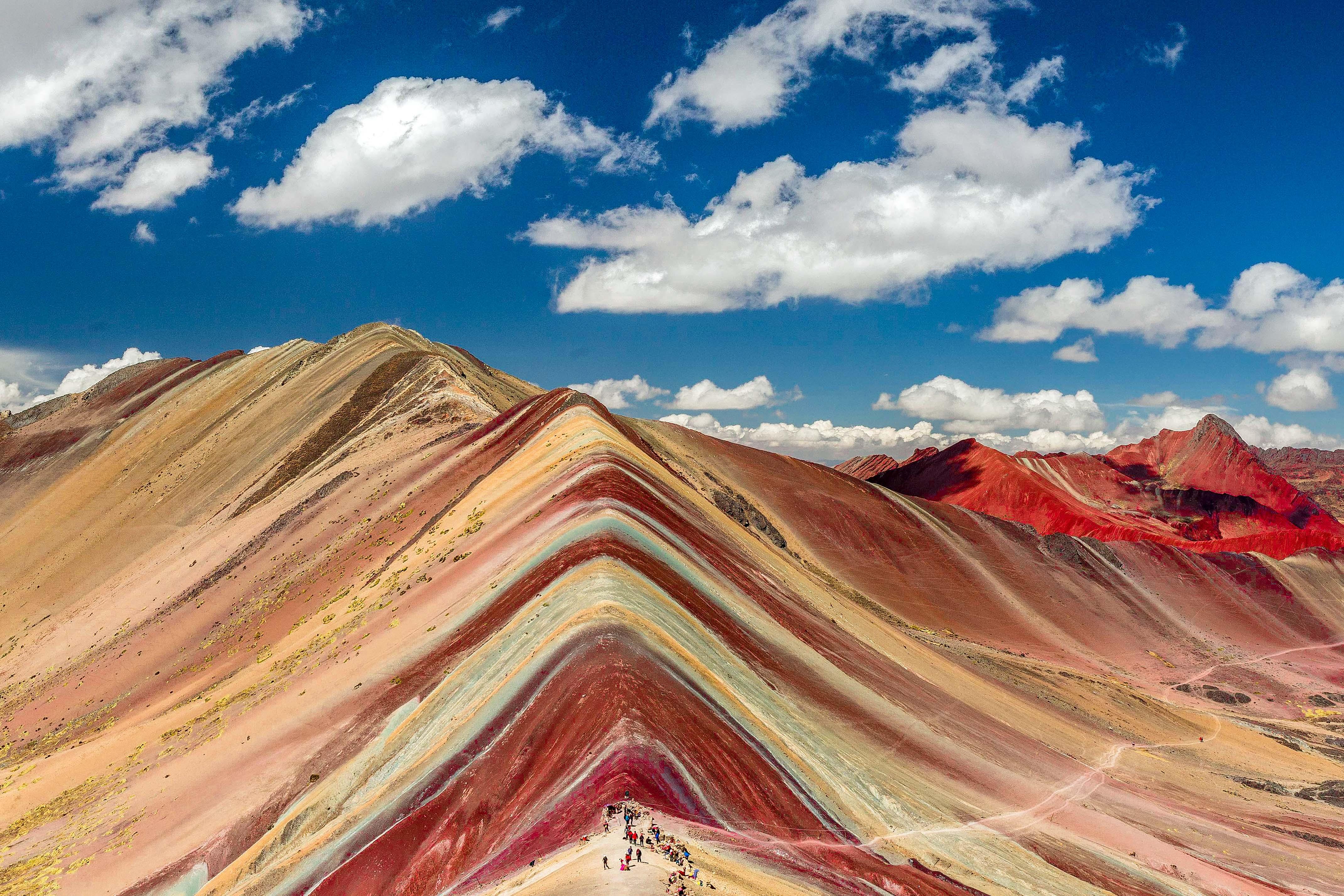 インカの聖なる谷ハイキングとマチュピチュ遺跡、絶景のヴィニクンカ 11日間