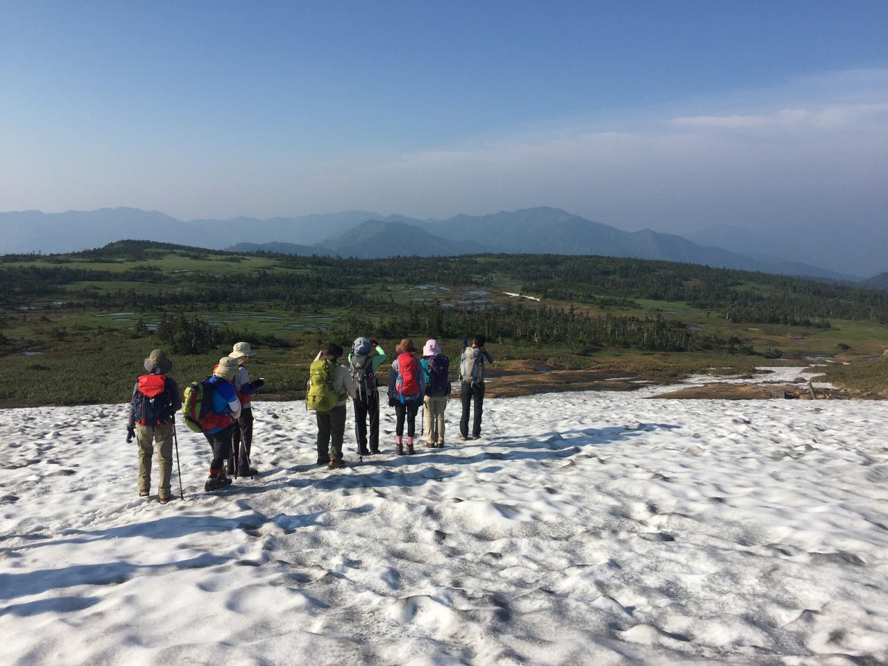花の苗場山縦走と日本の原風景、松之山温泉3日間
