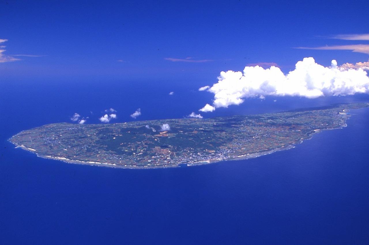 沖永良部島で思いっきり遊ぼう! <br>洞窟探検ケイビング&サイクリング&シュノーケリング 4日間