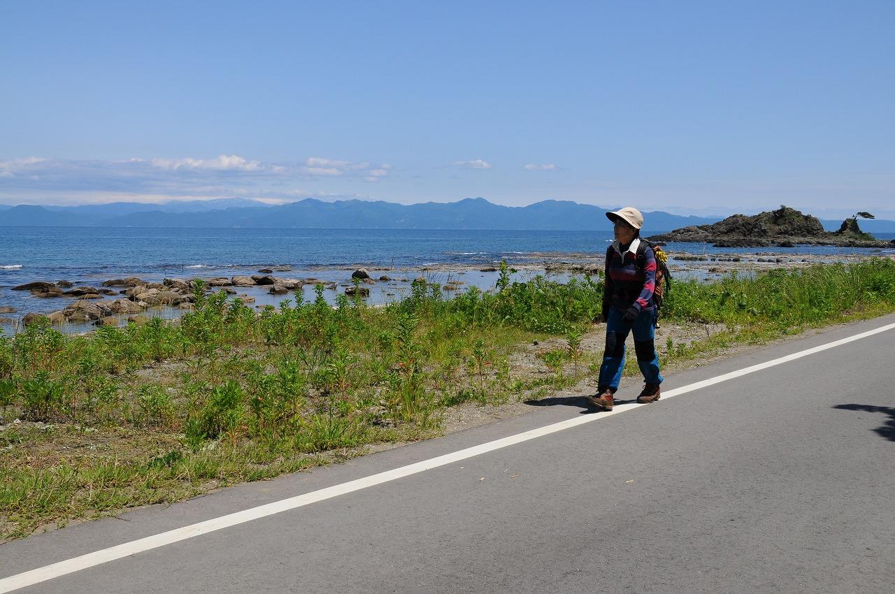 打田鍈一と歩く寂名山<br>日本海・島の山旅 粟島と新保岳 3日間