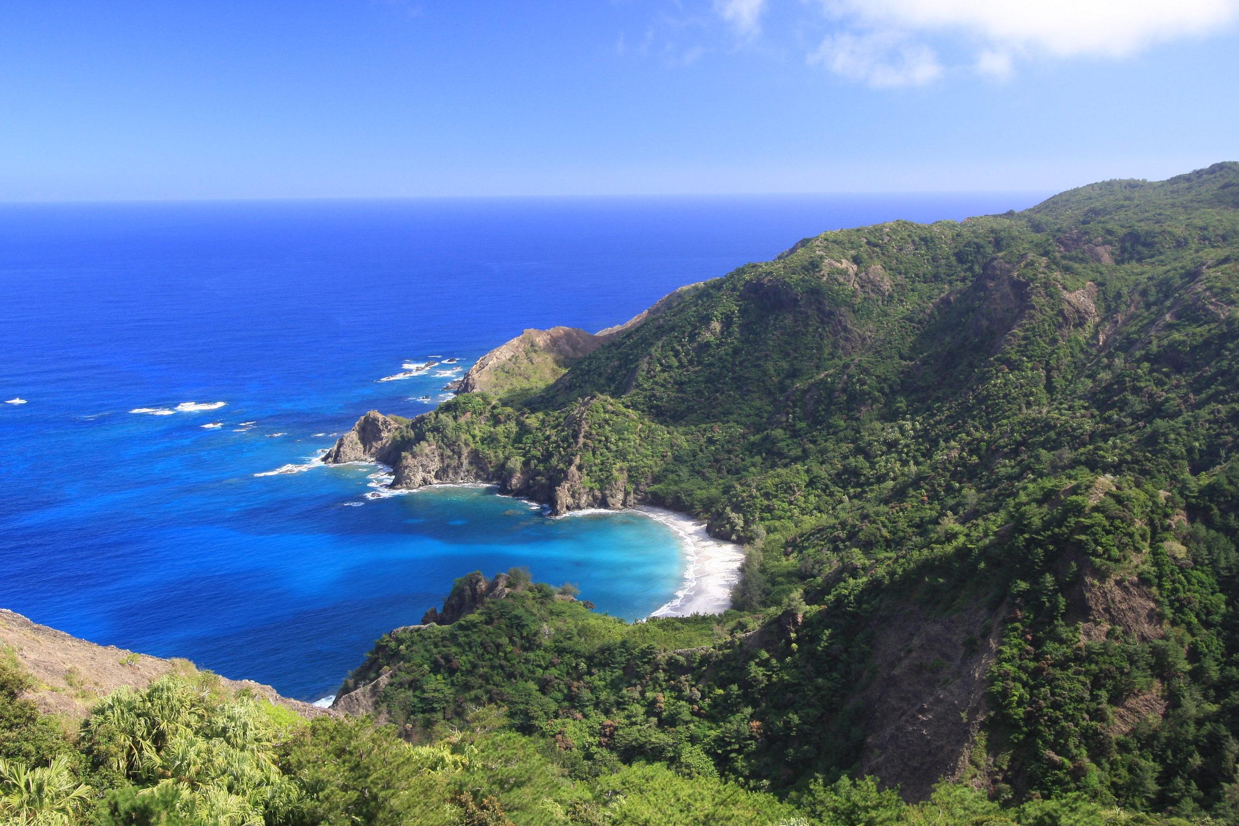 父島を満喫する特別企画<br>夏の小笠原諸島 父島 満喫ハイキング 6日間