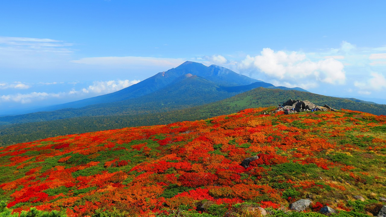 錦秋の裏岩手連峰ロングトレイル <br>~三ツ石REDを求めて~ 4日間