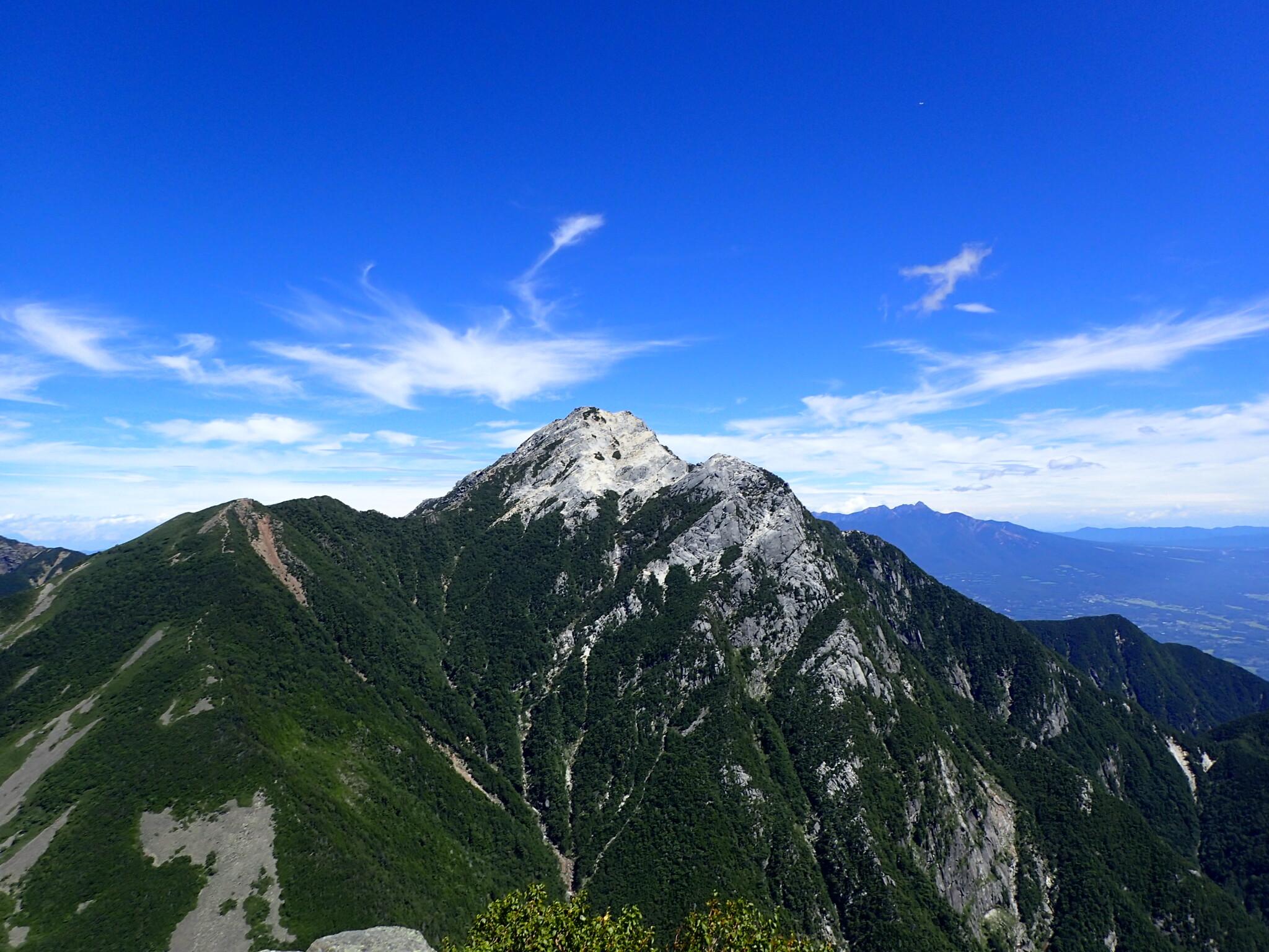 格調高いピラミッド形の秀峰<br>南アルプス 甲斐駒ヶ岳 2日間