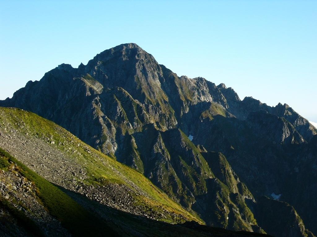 立山スペシャル Cコース<br>剱岳を正面に眺める山小屋泊<br>剱御前小舎泊の立山縦走 3日間