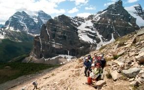 フェアビュー山頂への登山道からのぞむMt.テンプルの雄大な眺め(6日目)