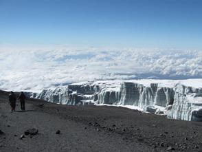 温暖化の影響で融解がすすむ氷河、貴重な眺めです