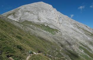 ブルガリア第二の高峰、ピラミダルな大理石の山のビフレン山(2,914m / 7日目)