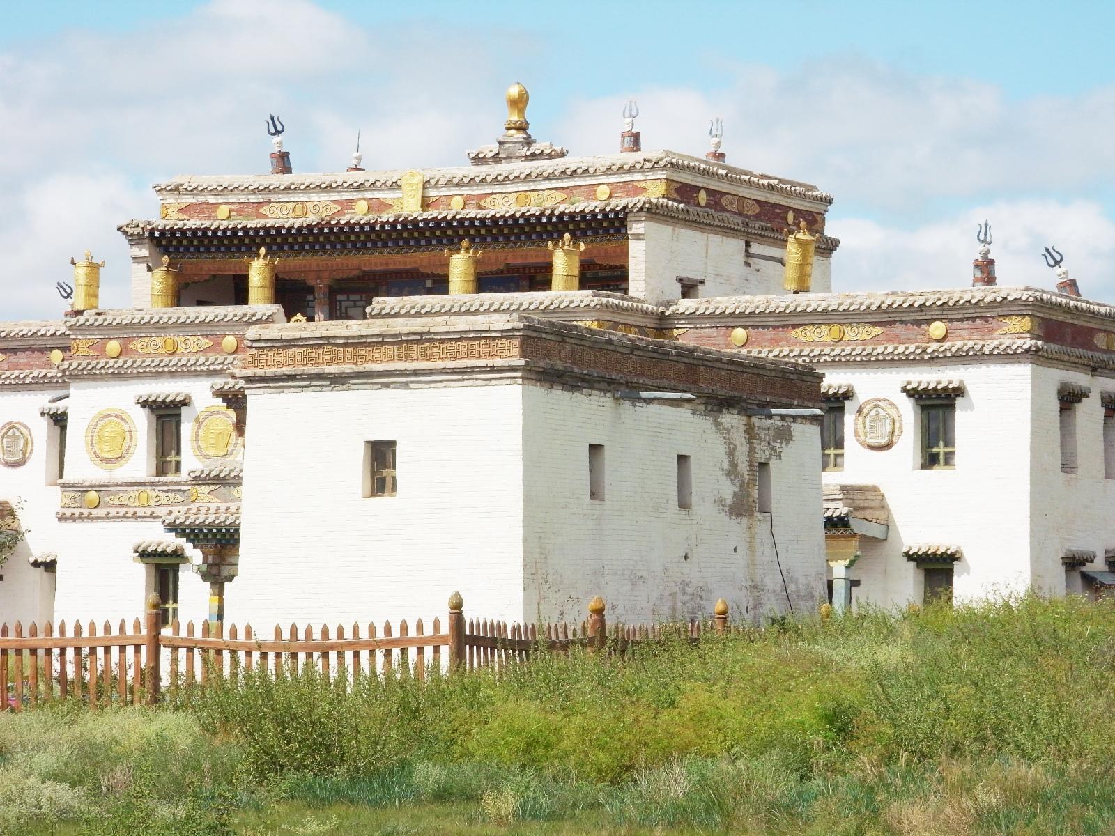 モンゴル最古のチベット仏教寺院エルデニ・ゾー