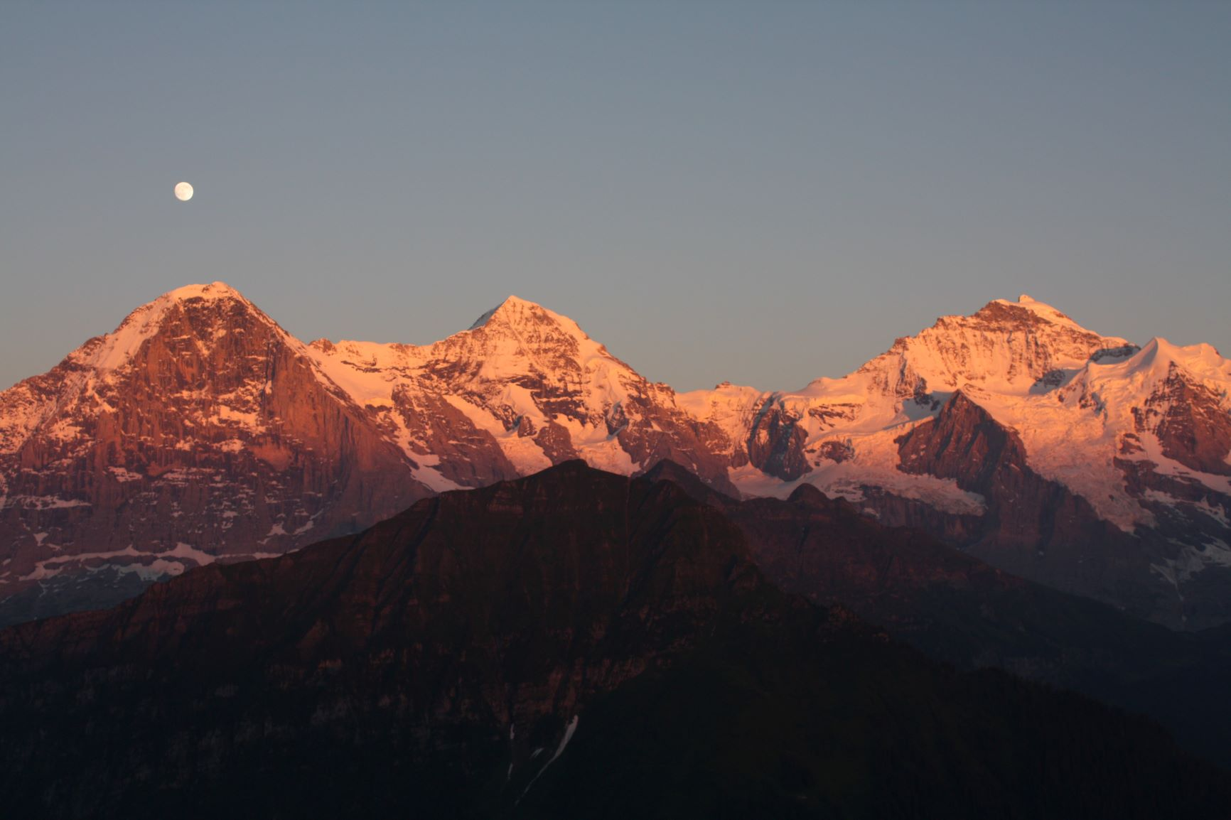 シーニゲプラッテから望む素晴らしい夕景