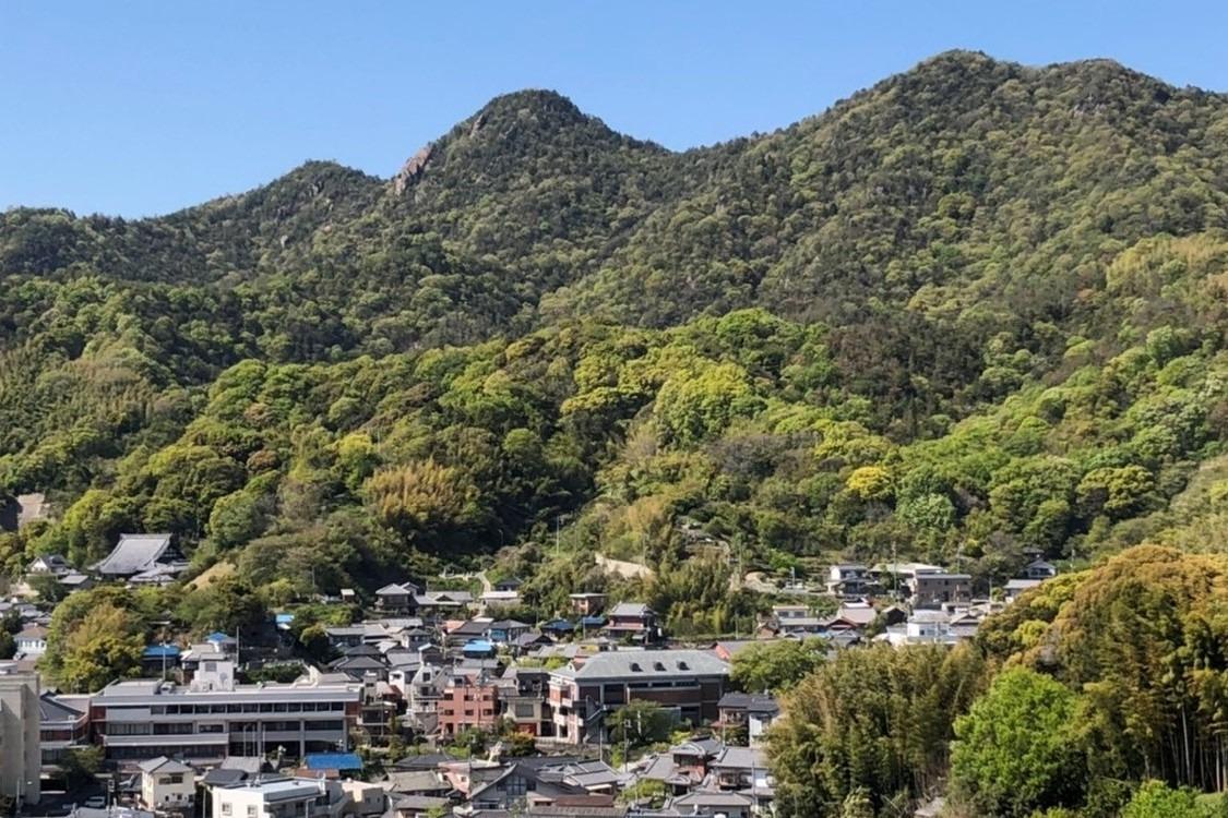 江田島市のシンボル的な山、古鷹山