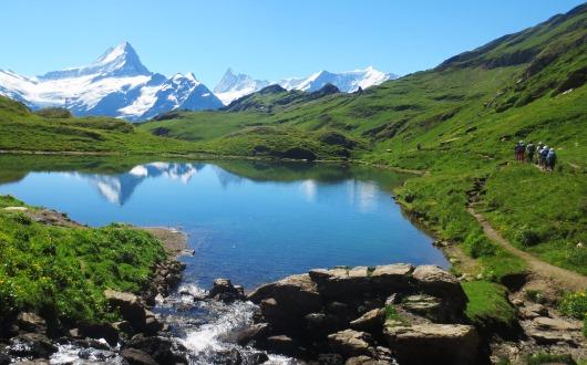 美しい山上湖、バッハアルプゼー