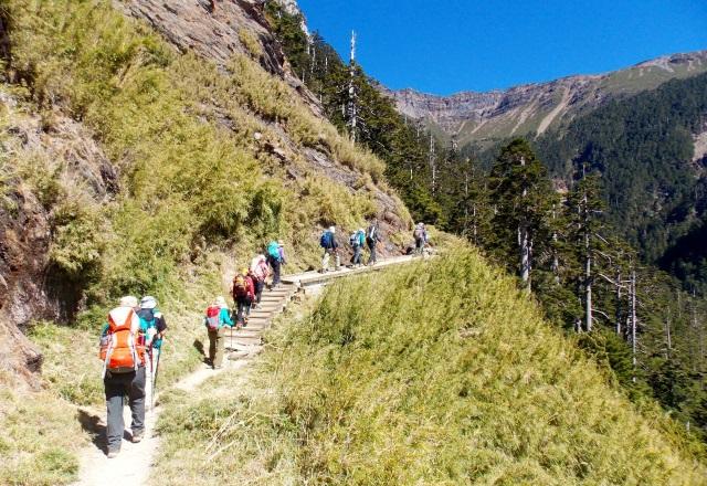 登山初日は排雲山荘(3,402m)を目指す