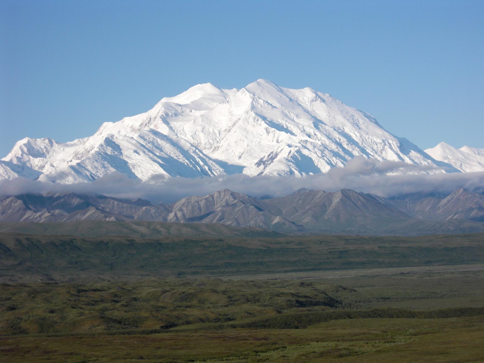 北米大陸最高峰Mtマッキンリー(6194m)